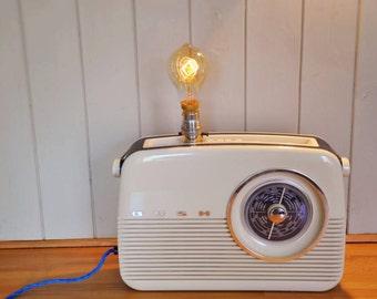 Lampe Radio Vintage