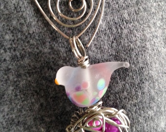 Bird with nest eggs springy pendant brooch pearls