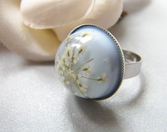 Snowflake Ring, Resin Ring, Pressed Lace Flower, Christmas Gift, Pressed Flower Jewelry, Blue Ring, Wishes on the Wind, Eco Friendly