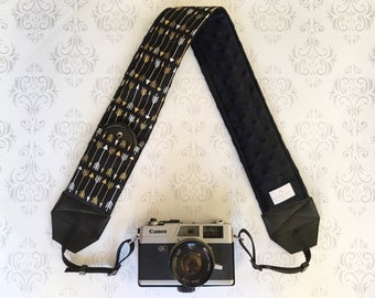 DSLR Minky Camera Strap, Padded with Lens Cap Pocket, Nikon, Canon, DSLR Photography, Photographer Gift,  - Gold Arrows on Black