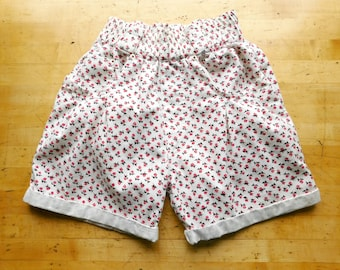 1980s Floral Shorts Vintage 80s High Waisted Cuffed Shorts - S