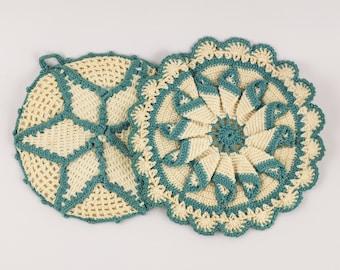Set of 2 1950s potholders trivets - Blue and White Crochet