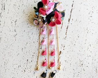 Summer Breeze Fabric Kanzashi Fan and Plum Blossom Dangle Hair Clip, Japanese Kimono Accessories, Tsumami Kanzashi Hair Clip - Black/Red