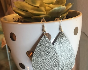 Metallic silver teardrops