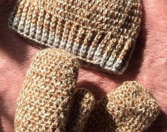 CANDY SHOP, Caramel, Yarn, Crochet, Set, Messy Bun Hat & Mittens
