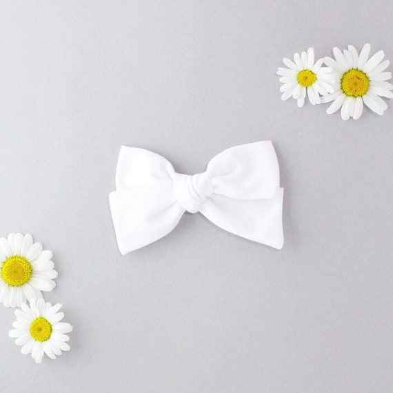 White // Sailor bow
