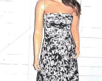 BCBG Maxazria Black White Floral Tulle Strapless Dress 2