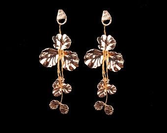 Metal Flower Maxi Earrings - Gold