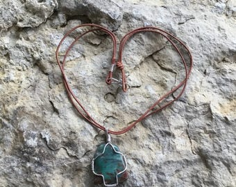 Prase pendant and leather necklace