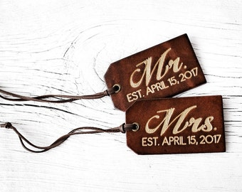 Personalized Valentine's Day Gift - Mr and Mrs Gift SET of TWO - His and Hers Luggage Tags Couples Wedding Date Gift Set Anniversary Gift