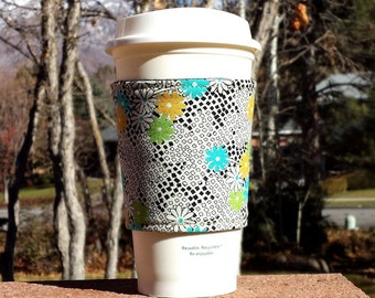 FREE SHIPPING UPGRADE with minimum -  Fabric coffee cozy / cup sleeve / coffee sleeve  -- Bright Daisy Blooms
