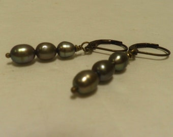 Ogni Giorno earrings, Sage Green freshwater PEARLS, oxidized brass