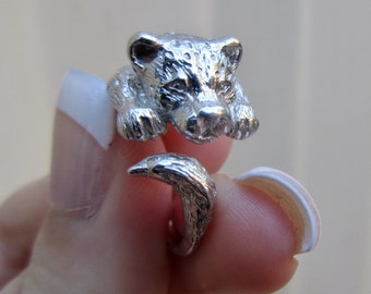 Wildlife jewelry, Sterling Silver, Leopard, Animal Ring, Silver Cat Ring, Hugging Cat Ring, Animal Wrap Ring, Boho Animal Ring