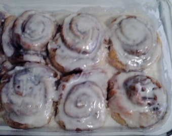 Large Cinnamon Rolls with icing dozen