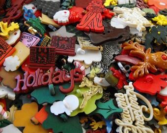 25 Christmas Shaped Buttons - Grab Bag