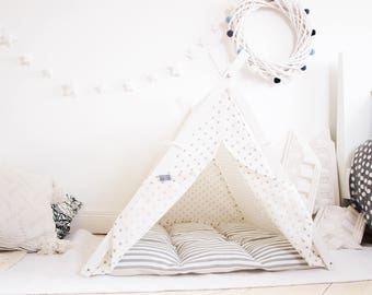 Dog tipi. Gray Dot+Stripes teepee tent (Large size)