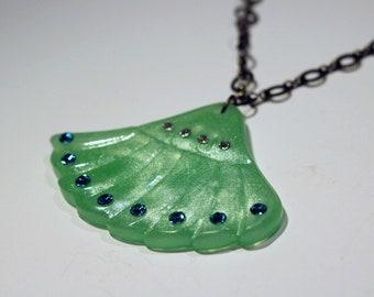 Jadeite Green Pearl Fan Necklace