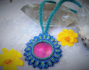 Lovely Agate flower necklace