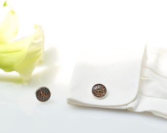Cufflinks made with kimono silk, under glass dome, chromed metal and Japanese fabric