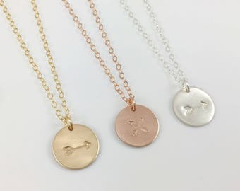 Arrow Disc Necklace, Dainty Simple Everyday Disc Necklace, Crossed Arrow necklace, Tribal Boho Chic Minimalist Necklace, Gift for Her, Arrow