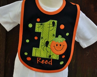 Halloween Birthday Bib - Pumpkin Bib - First Birthday Bib - Smash Cake Bib - Personalized Bib - Halloween Pumpkin Bib - Spiders - Photo Prop