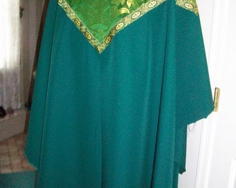 Green Chasuble Set