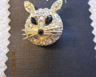 Vintage, Retro, Kitty Cat Aurora Borealis Rhinestone Brooch - one of two cats....estate find