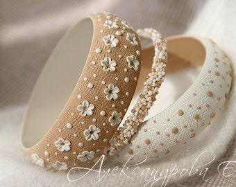 Floral bracelet set - Polka dots bangle - Beige bangle bracelets - Wide bangle - Chunky bracelet - Specks Flowers bracelet - Simple bracelet