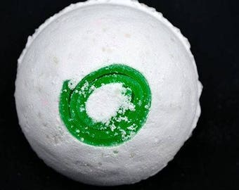 Coconut Lime Bath Bomb with Mermaids Gilter Swirl