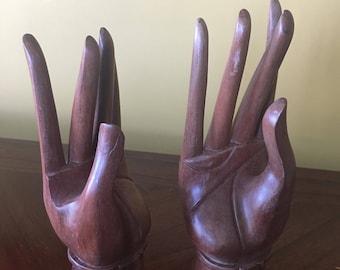 Hand display Etsy