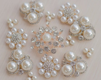 13pcs Pearl gold Rhinestone Assorted Mixed Brooch DIY Brooches pearl Buttons Favors beetle Rhinestone Brooches DIY Brooch Bouquet Supplies