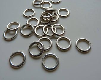 6 rings metal color silver diameter 0.8 cm