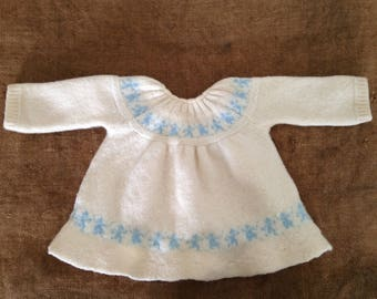 Hand made baby dress in wool, 1 month. Vintage 1950's