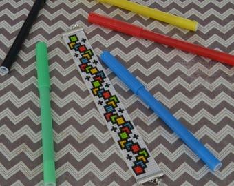 Geometric bracelet with Miyuki beads