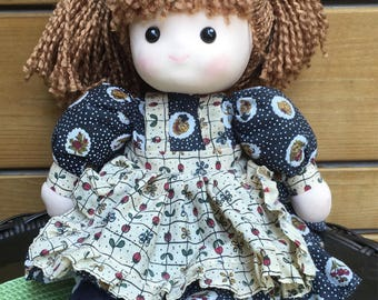 Vintage 80's wind up Country doll. Musical wind up country doll. Music box wind up doll.