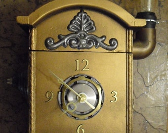 Steampunk clock with vintage light