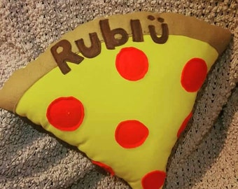 Pizza pillow (name optional)