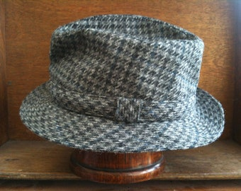 Vintage German Grey Black Houndstooth Hat Size 22 circa 1960-70's / English Shop