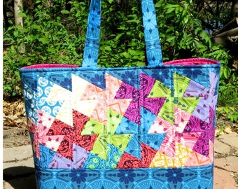 Simply Charming Twister Tote Pattern by Around the Bobbin