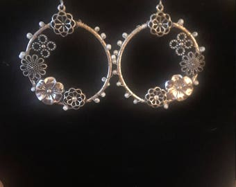 Vintage silver tone and bead earrings