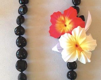 Hibiscus/Black kukui nuts Hawaiian lei