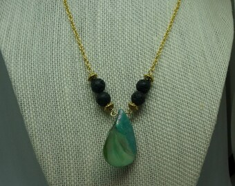 Green Shell Diffuser Necklace