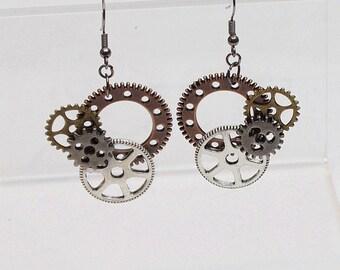 Steampunk Earrings, Steampunk Bride, Gift for her, Gear earrings, Gear jewelry, womens fashion, industrial earrings, steampunk gears