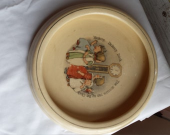 Vintage Hickory Dickory Dock the Mouse Ran Up the Clock Childs Plate