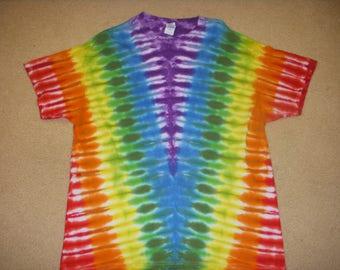 XL tie dye t-shirt, rainbow V, extra large