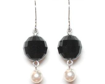 Black & white earrings, Swarovski crystal, crystal earrings, pearl earrings, black earrings, bridal jewelry, sterling silver earwires