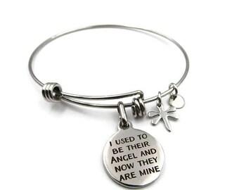 J'utiliser pour être leur ange et maintenant ils sont les miens charme - ajustable en acier inoxydable Bracelet jonc (SSBR121)