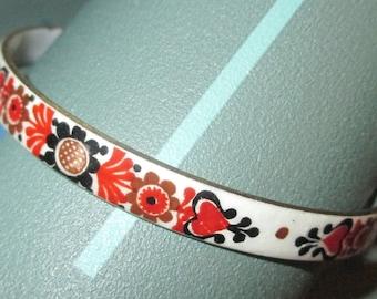 Vintage MOD Orange and Brown Flowers Enamel Bangle Bracelet