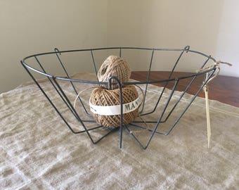 VINTAGE high quality wire basket.  Industrial decor / French kitchen. Great storage / organisation.