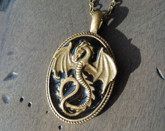 Dragon necklace, black dragon medallion, bronze medieval pendant, dragon necklace, larp pendant, fantasy jewel, oval pendant, LARP pendant